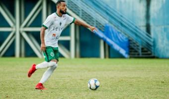 Manaus FC monitora mercado em busca de zagueiros