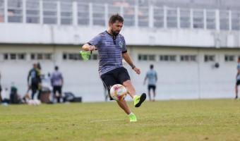 Técnico Luizinho Lopes encerra ciclo à frente do esmeraldino