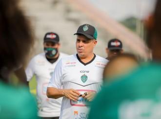 Iniciando preparação para rodada decisiva, Piza destaca foco do Gavião: