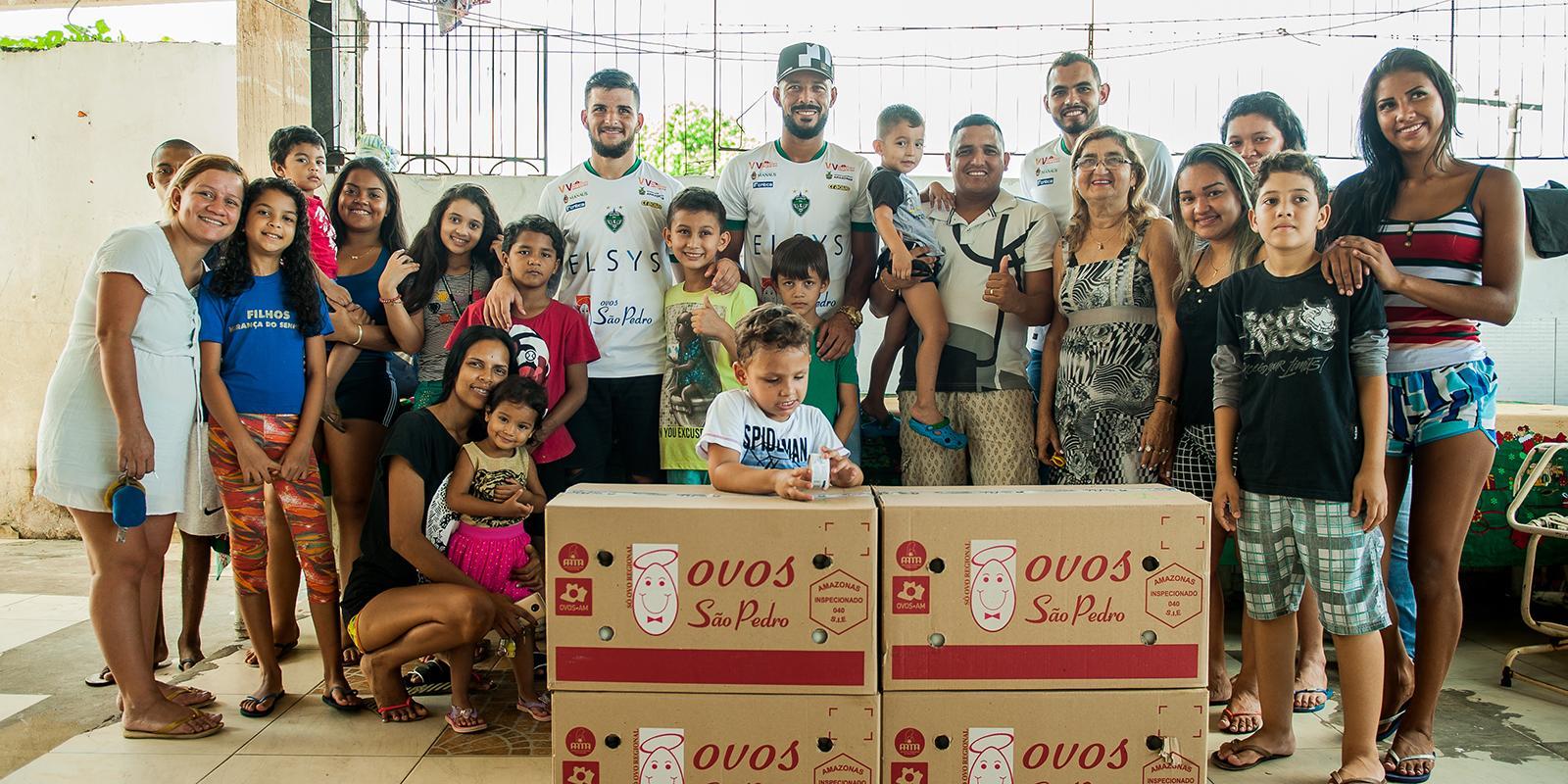 Manaus FC e Granja São Pedro realizam ação social no Lar da Dona Val