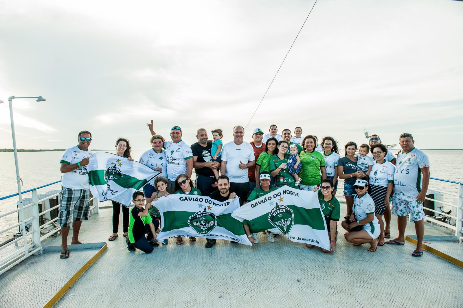 Torcida esmeraldina viaja 760 km para ver jogo do Manaus FC em Santarém