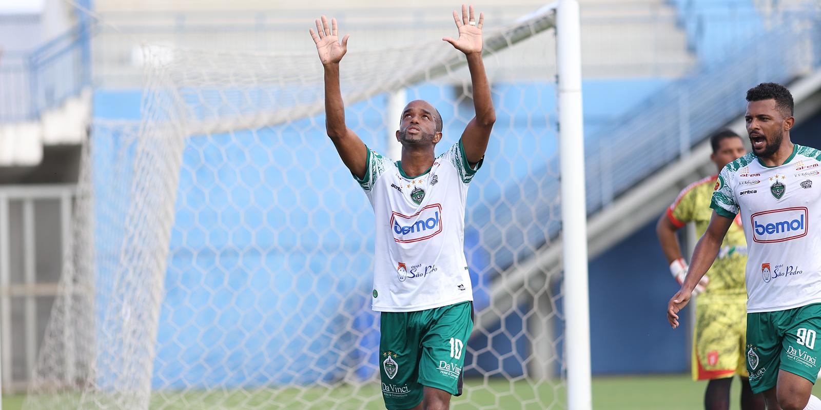 Com gol e assistência de Rossini, Manaus bate Princesa do Solimões