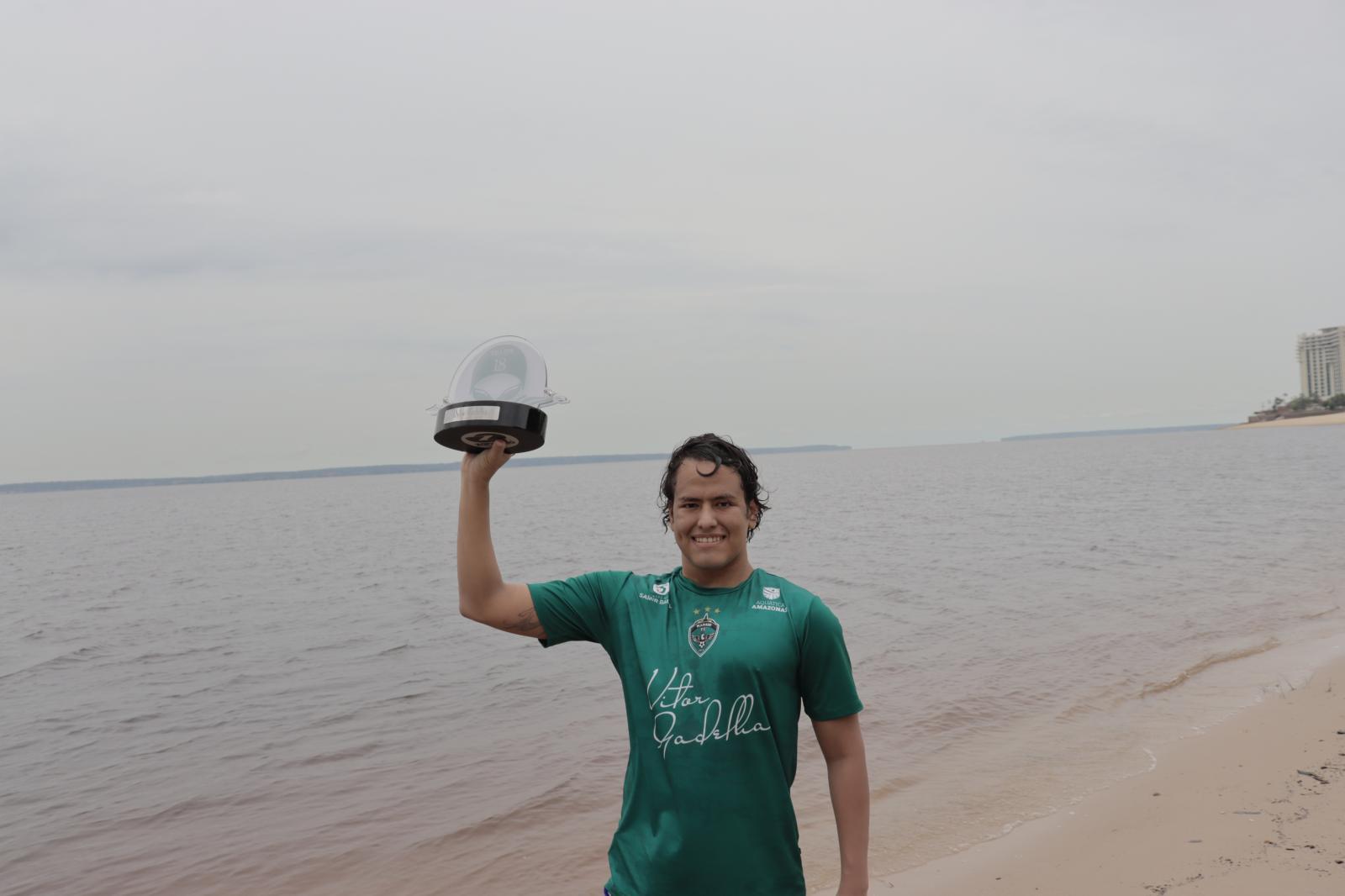 Ultramaratonista do MANAUSFC é o primeiro a concluir o desafio de 18k do Amazon Challenge
